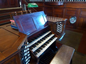 SacredHeartChurch-Organ1